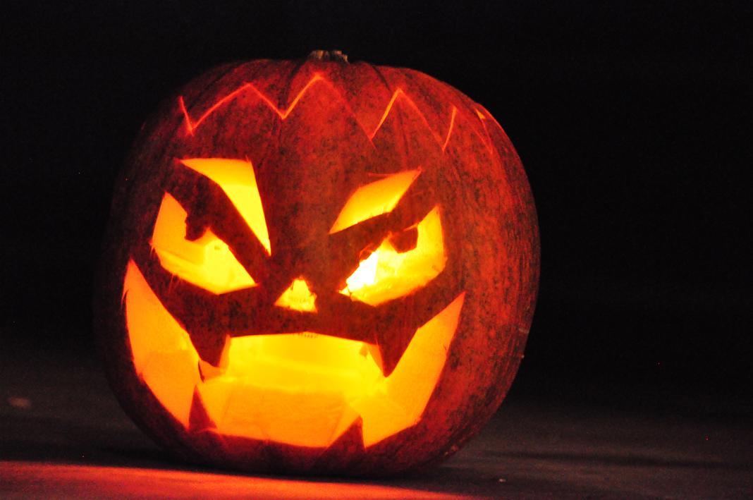 uhyggelige halloween græskar