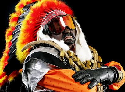 chief_with_balls_6234.jpg