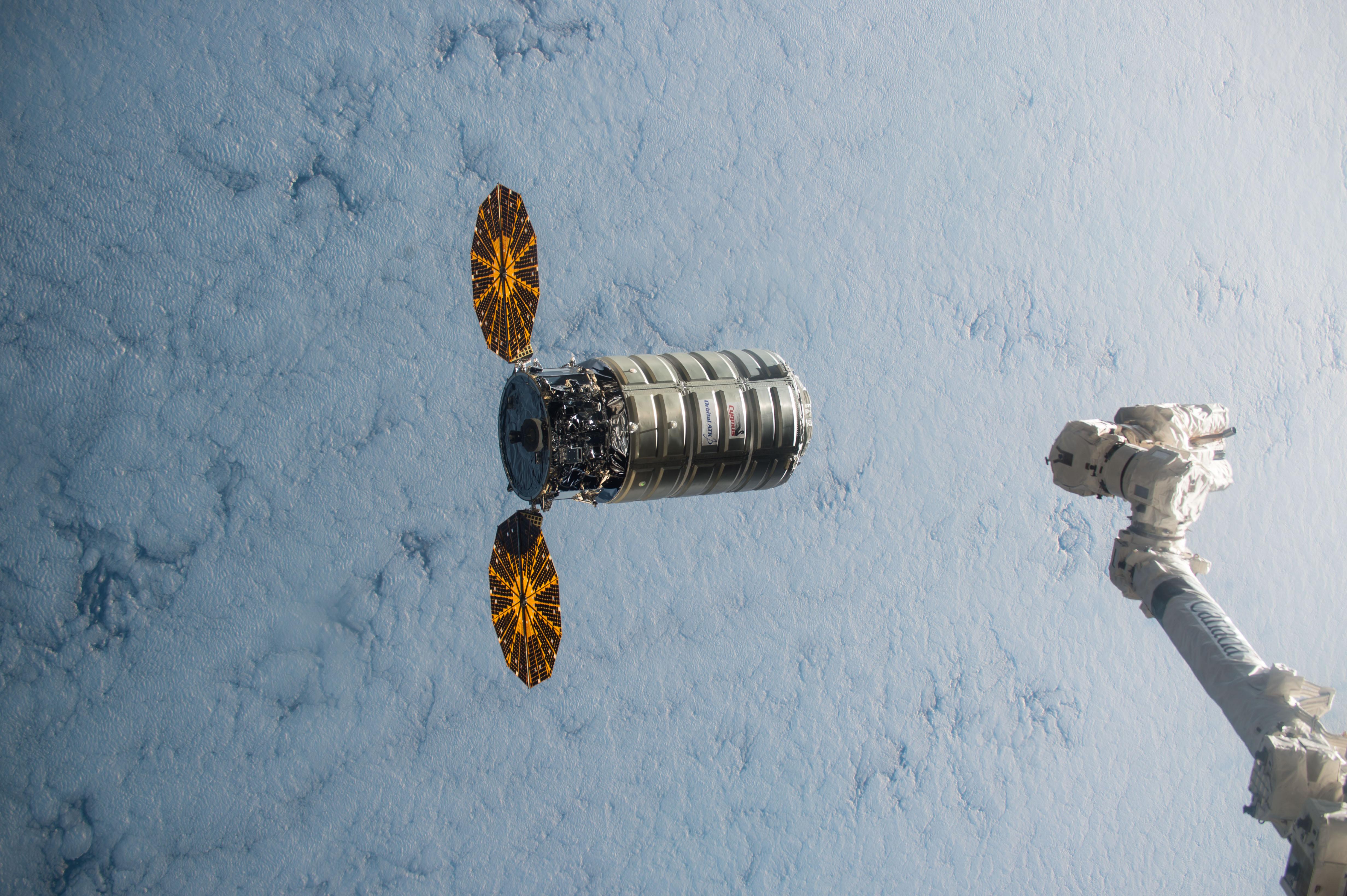 orbital-cygnus.jpeg