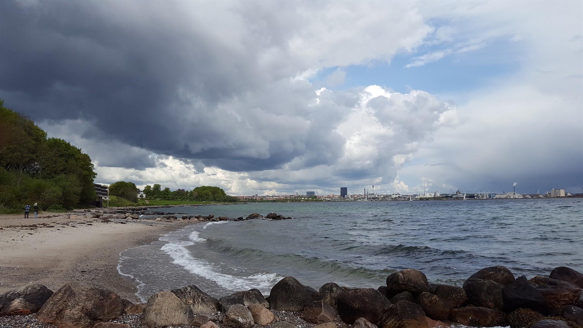 Regn skyer Aarhus maj