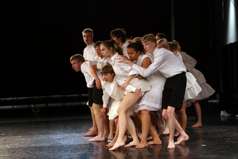 Bagom dansedrømme
