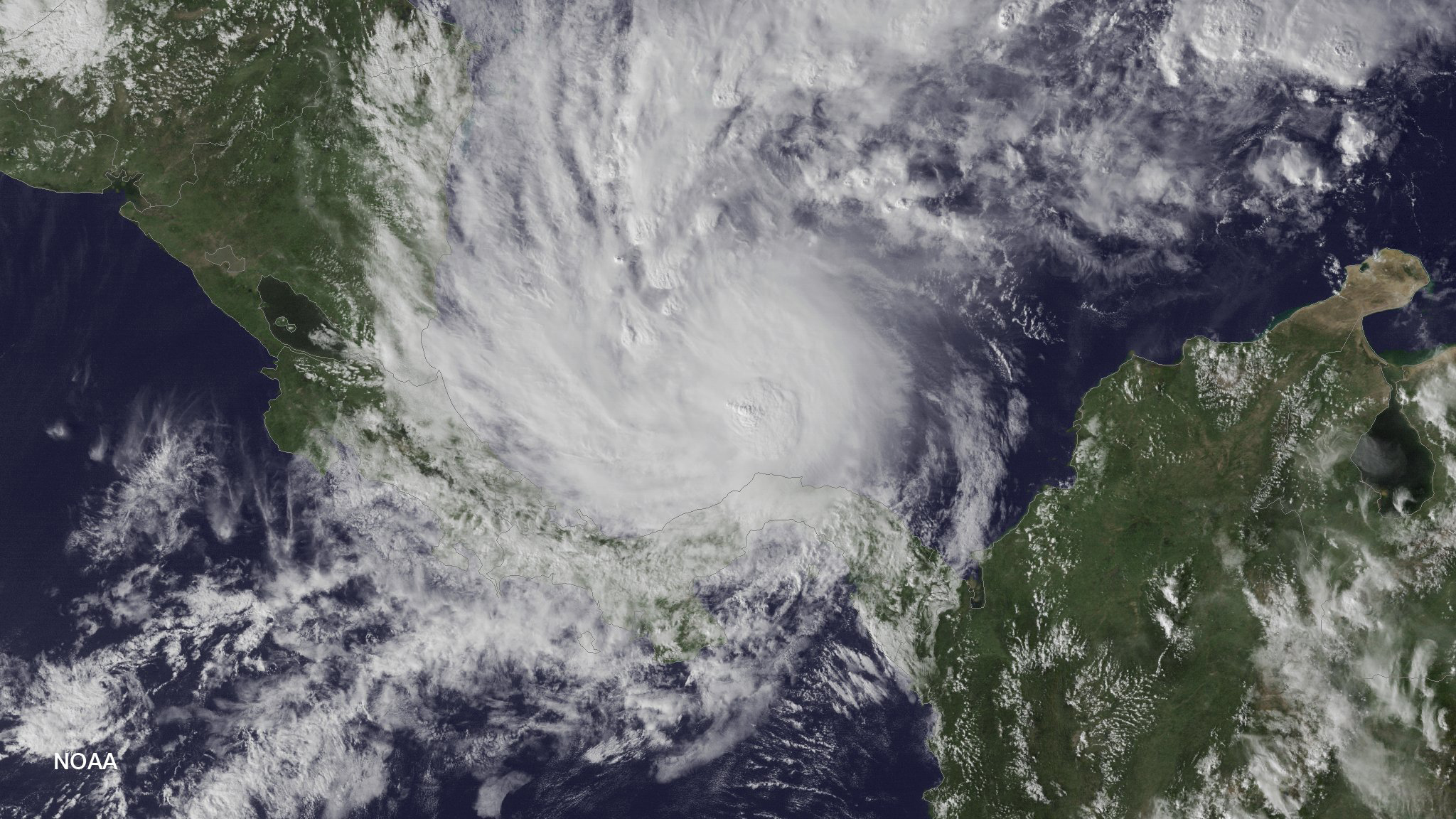 den doedelige orkan otto har kurs mod costa rica og nicaragua