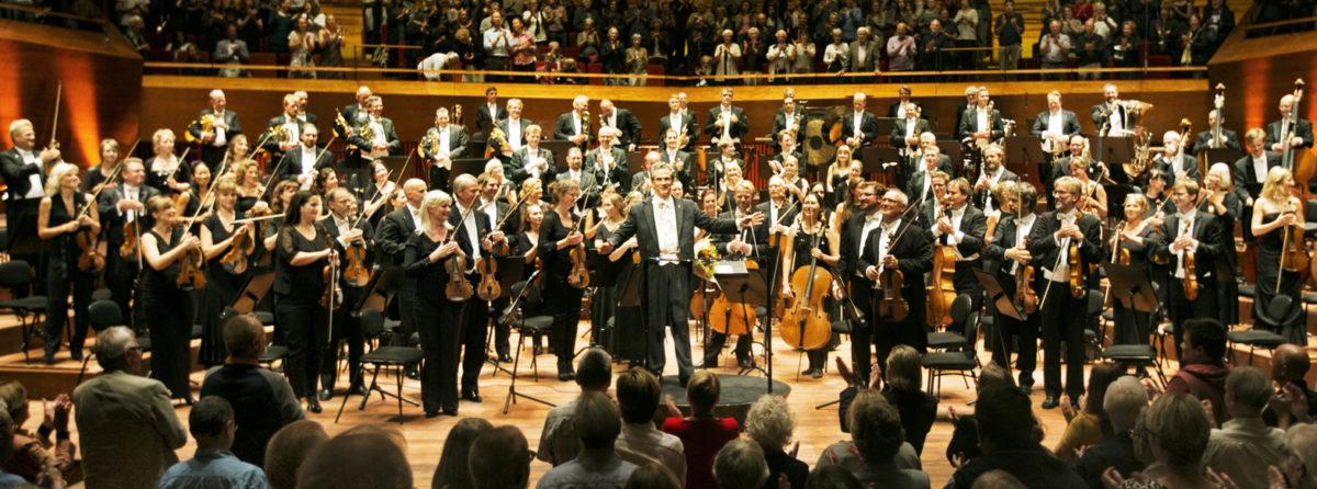 dr-symfoniorkestret_luisi-2_per-morten-abrahamsen-e1470989915950-1200x446.jpg