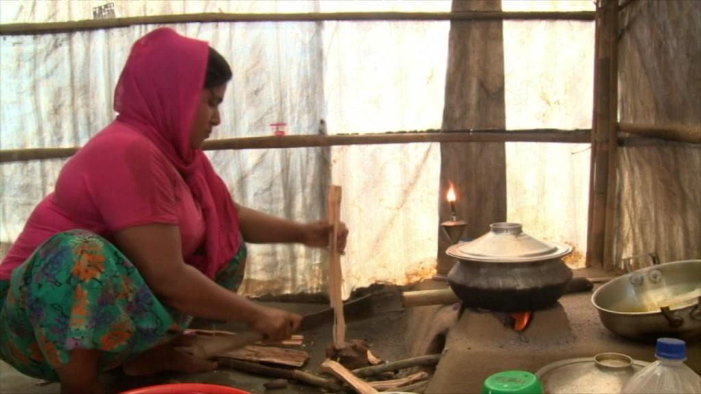 lbes_a_rohingya_crisis_survival_tale-22.31.31.03.jpg