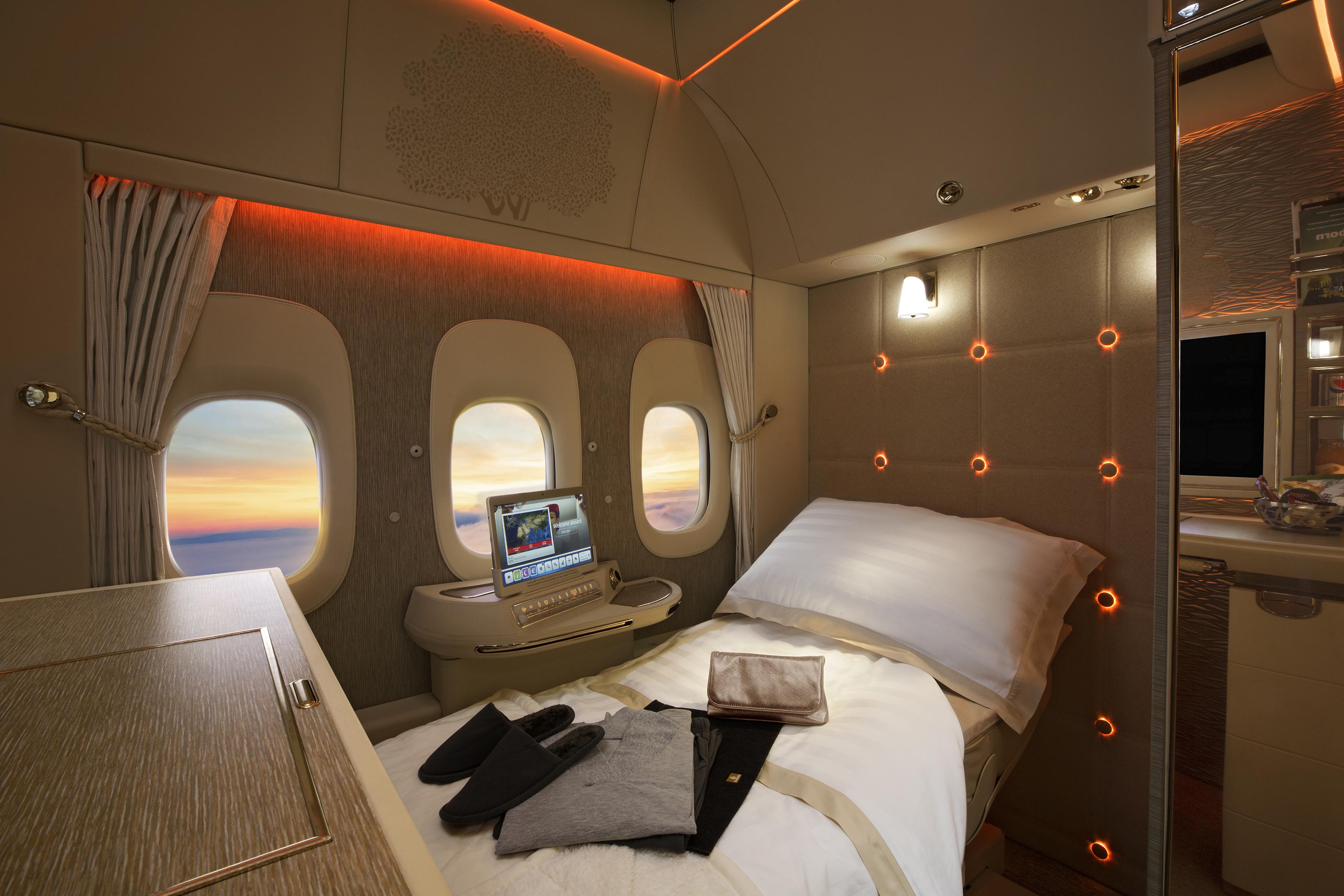 first-class-fully-flat-bed.jpg