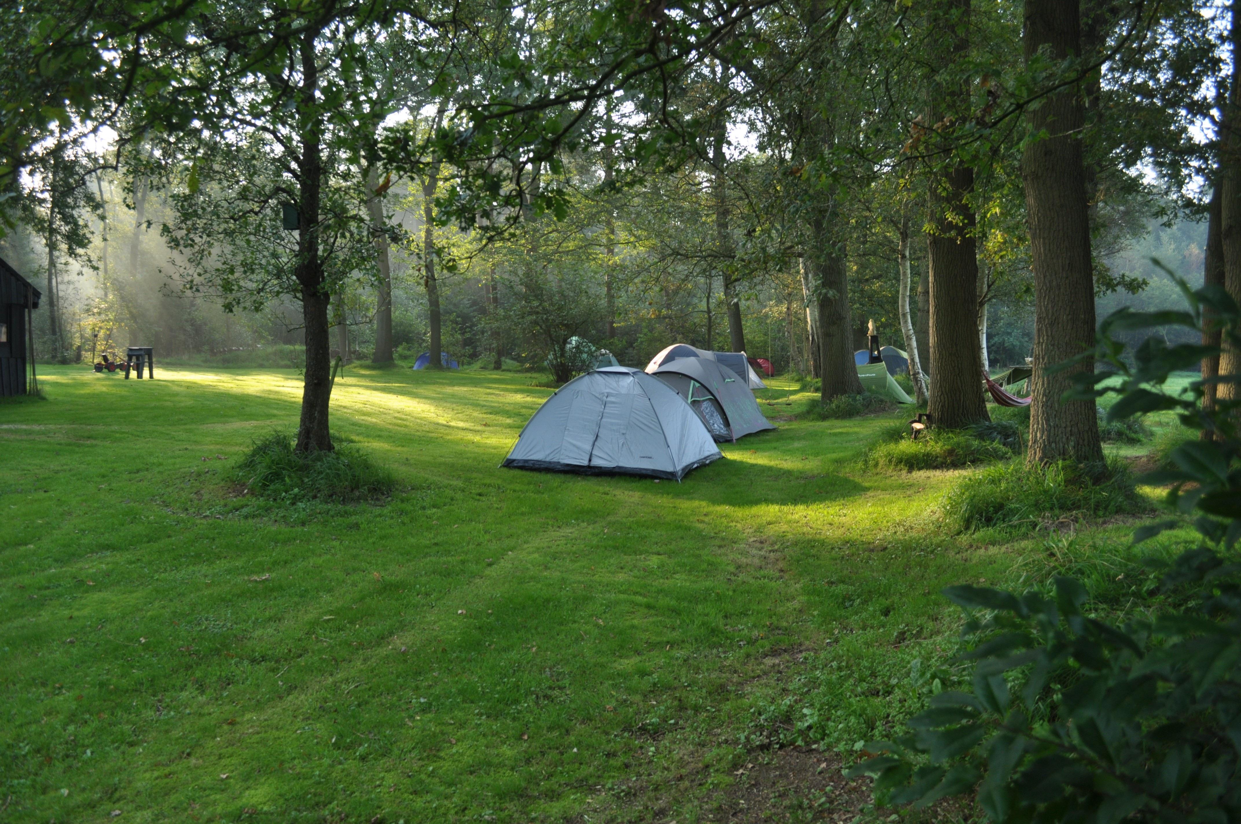 tents-2144577.jpg