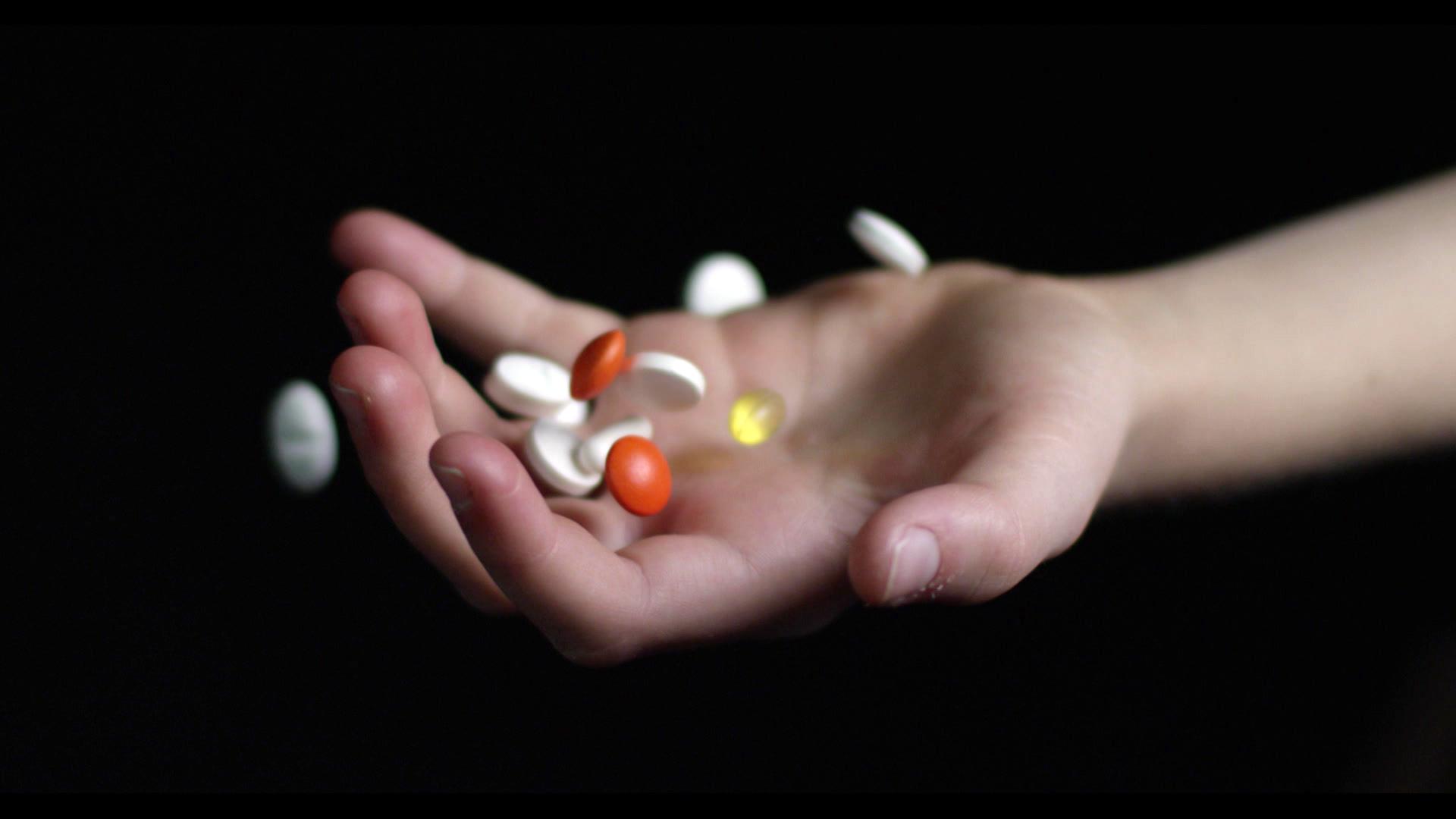 Piller i hånd modelfoto