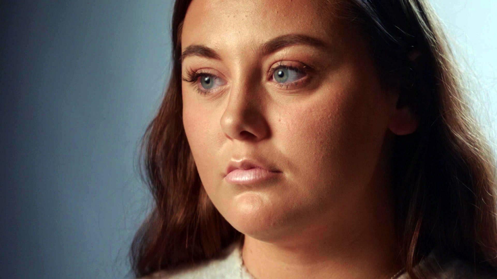 Hende fra videoen
