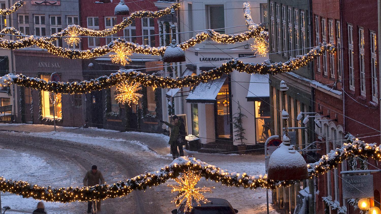 P7 MIX Julemaraton -  julehit i stride strømme