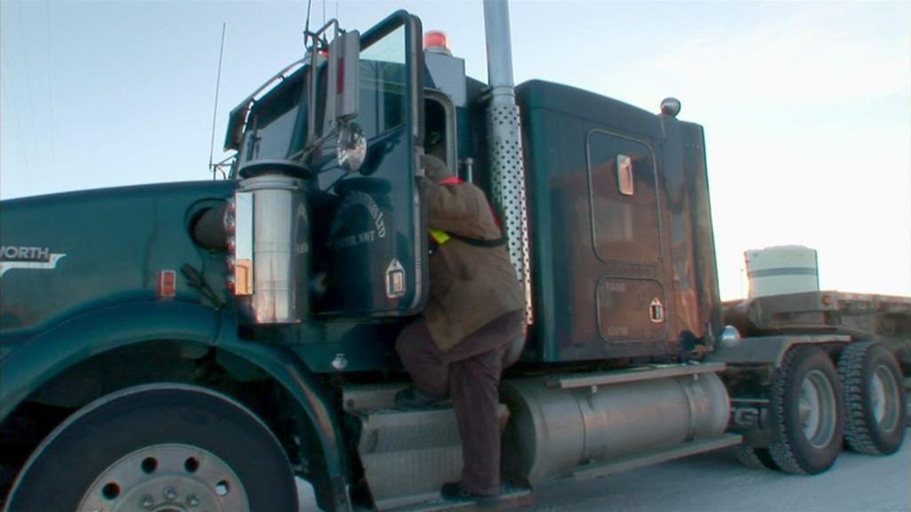 Ice Road Truckers (16)