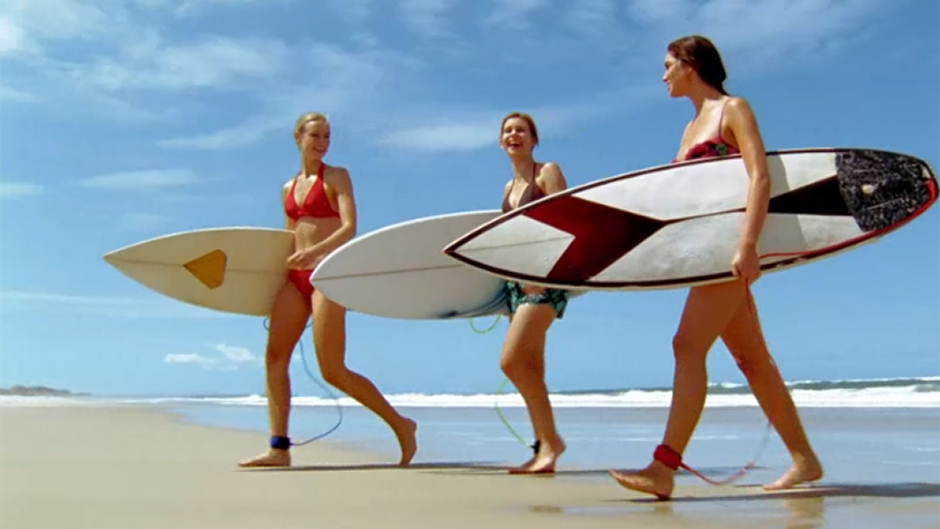 Alien surfer girls (12)