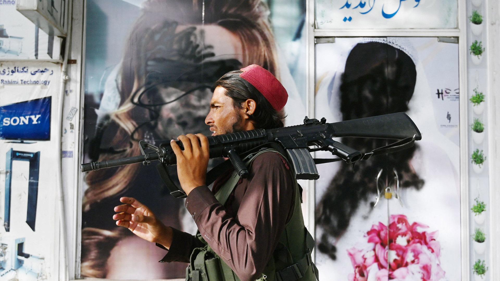 Puk Damsgård var i Kabul, da Taliban kvalte håbet for en hel generation)