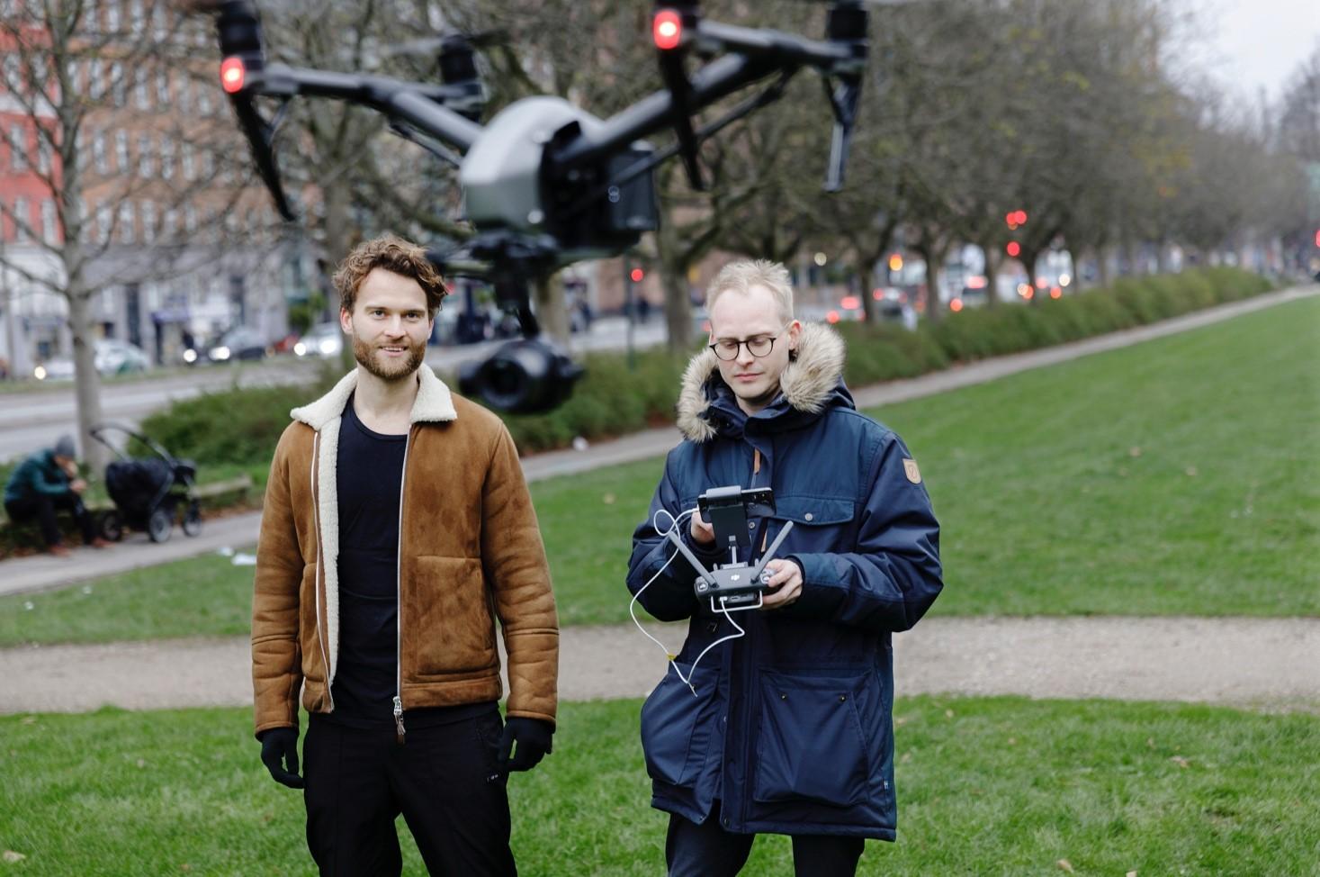 Toke og Frederik solgte droner til terrormistænkt for at hjælpe PET)