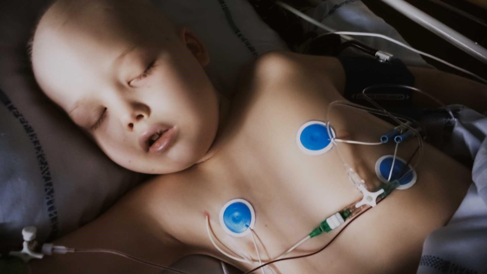 Gilbert var otte år og skulle igennem 900 dage med kemo