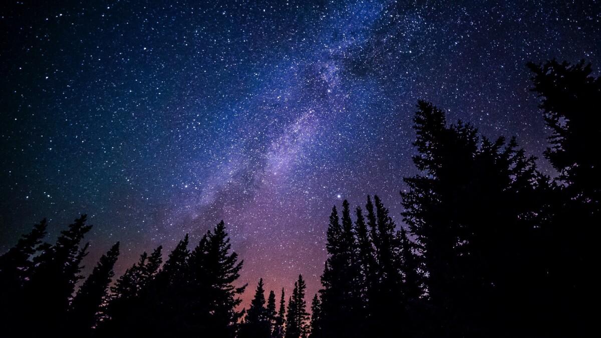 Kig op: 2021 byder på seks særlige begivenheder på nattehimlen - og én ved dagslys